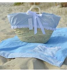 Capazo de mimbre y toalla de playa Caracolas Celeste